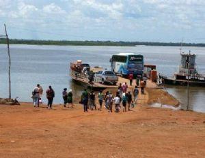 Justiça manda remover balsas do Rio Xingu e corta rota de escoamento da safra (Crédito: REPRODUÇÃO)