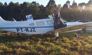Avião fica sem combustível e faz pouso forçado com 150 quilos de maconha (Crédito: reprodução)