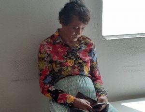 Homem vestido de mulher é preso ao tentar fazer prova do Detran no lugar da mãe (Crédito: Reprodução)