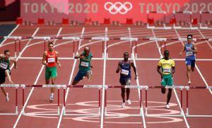 Alison dos Santos brilha nas eliminatórias dos 400 m com barreiras (Crédito: Reprodução)