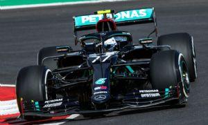 Bottas e Hamilton fazem dobradinha da Mercedes em treino com show de rodadas (Crédito: Reprodução)