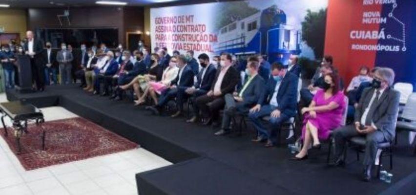 Nininho destaca habilidade de Mauro Mendes para acelerar assinatura de concessão para construção da ferrovia (Crédito: REPRODUÇÃO)