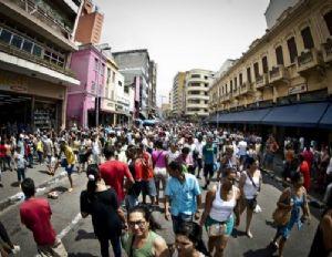 População brasileira é formada basicamente de pardos e brancos (Crédito: Agência Brasil)