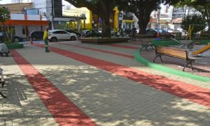 Revitalização da Praça Popular estimula maior visitação e prática de esportes (Crédito: Assessoria)