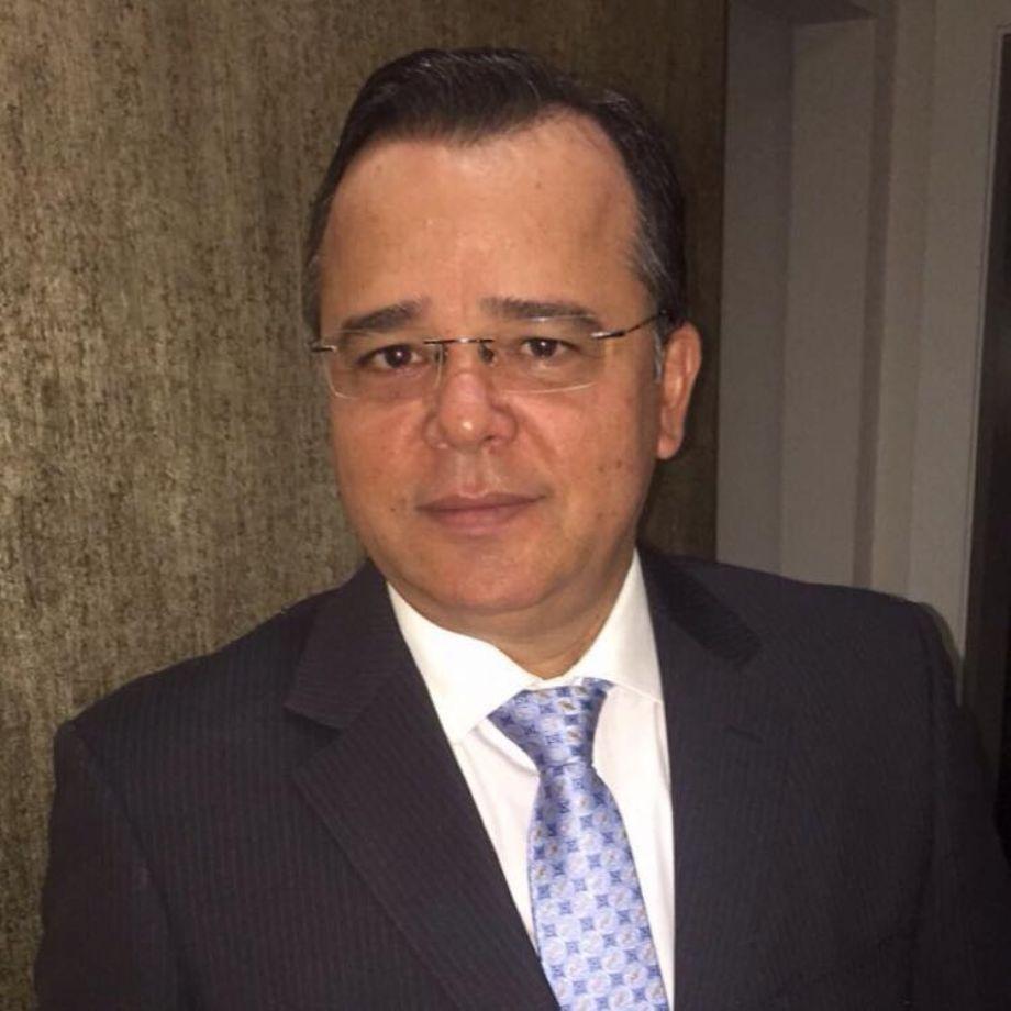 Resultado de imagem para Isandir Rezende é presidente da Comissão de Direito do Idoso