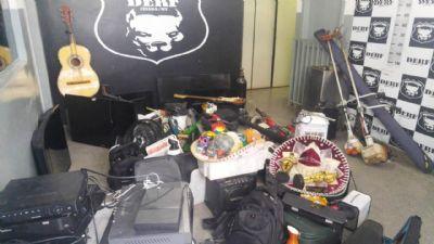 Assaltantes são presos por vender produtos furtados de oito residências no bairro Boa Esperança