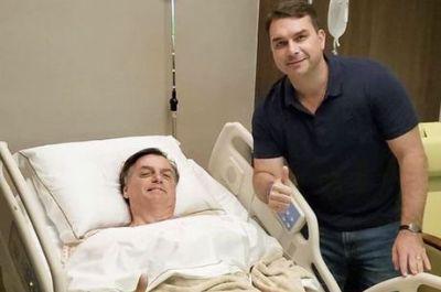Bolsonaro está com boa evolução clínica, diz boletim médico