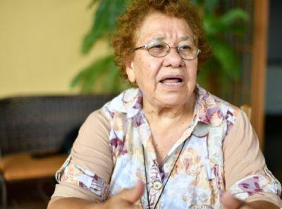 Aos 77 anos, missionária reativa projeto para ensinar karajás a tocar violão, guitarra e flauta