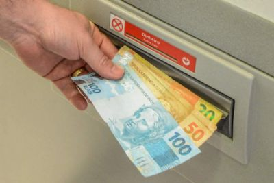 Pagamento do 13° salário vai injetar R$ 214,6 bilhões na economia