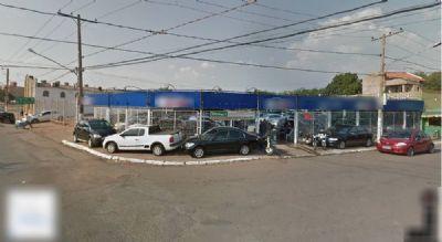 Quadrilha invade garagem, furta 16 carros e causa prejuízo de R$ 350 mil em MT