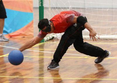 Deficientes visuais mato-grossenses participam de competição nacional de goalball