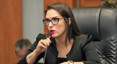 Janaína admite ser candidata a prefeita de Cuiabá se Emanuel recuar da reeleição