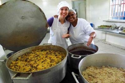 Seduc repassa R$ 40 milhões às escolas estaduais para alimentação dos alunos