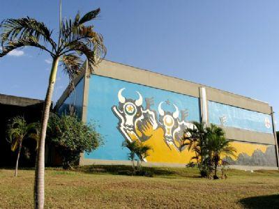 Estado demite 175 em empresas públicas e economiza R$ 13,3 milhões