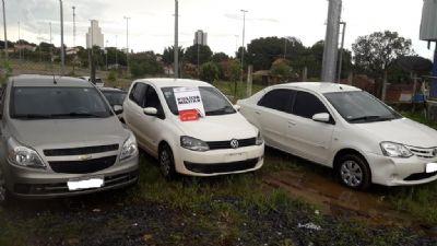 Três veículos roubados são recuperados em uma única ação
