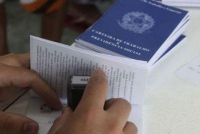 Sine oferece vagas de emprego para jornalista e oportunidades para ensino médio e PCD