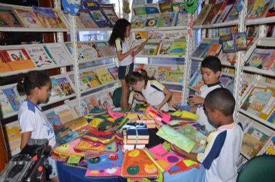 Bibliotecas são opções de passeio  para crianças