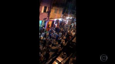 Nove pessoas morreram pisoteadas em baile funk em SP