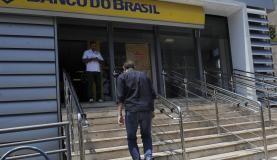 Agências do Banco do Brasil abrirão uma hora mais cedo para saques do Pasep