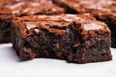 Aprenda como fazer brownie de chocolate