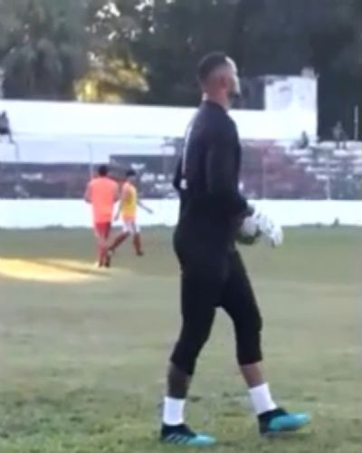 No 1° dia como jogador do Rio Branco-AC, goleiro Bruno já treina com elenco