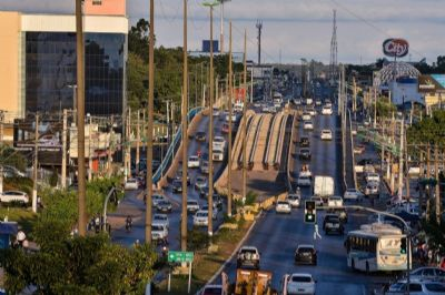 Mais duas avenidas terão corredores de ônibus