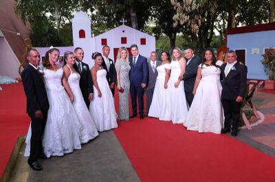 Mais de 2,5 mil participam do Casamento Social e prefeito destaca valorização da família