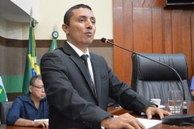Vereador Clebinho Borges realiza sessão em homenagem aos profissionais do jornalismo