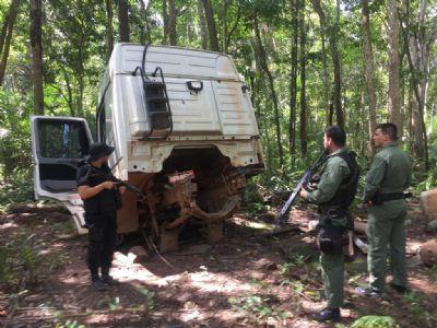 Forças de Segurança descobrem desmanche de caminhões na zona rural de Diamantino