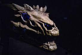 'Ovo de dragão' de GoT é vendido por R$ 12,4 milhões e vem com presente secreto