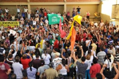 Governo faz proposta e Sintep avalia acabar greve na quinta