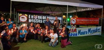 Grevistas acampam e fazem vigília na Assembleia para pressionar deputados