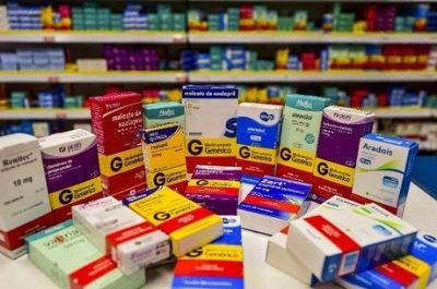 Deputados propõem liberar venda de remédios sem aval da Anvisa
