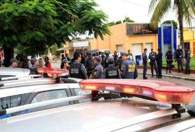 Em 24 horas, polícias prendem mais de 300 pessoas em MT