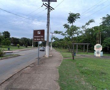 Vítima de sequestro é encontrada amarrada em parque